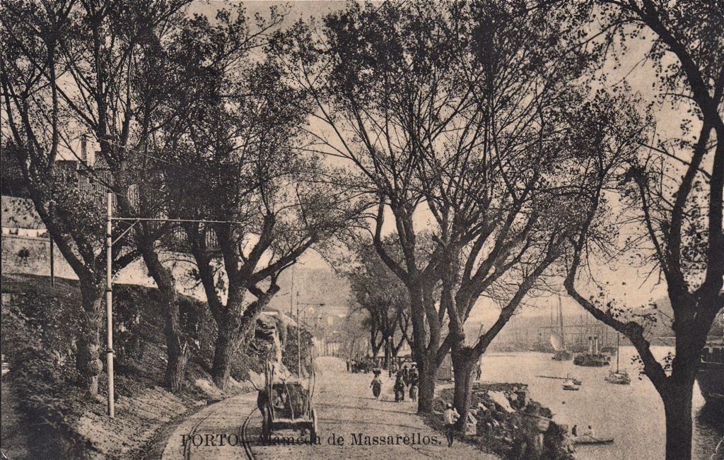 Along the riverside around 1910