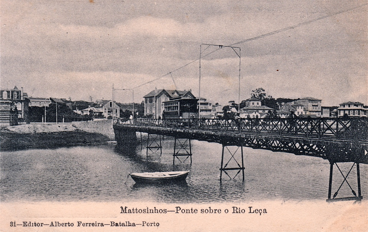 Tram bridge over the Leça